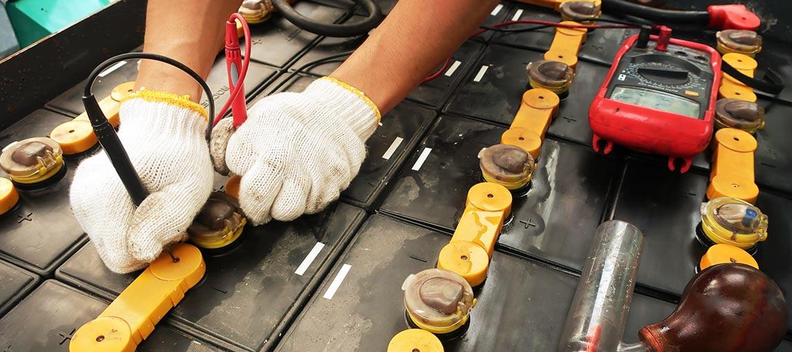 Forklift Battery Service Provider   Motive Power Programs   Carolina Handling