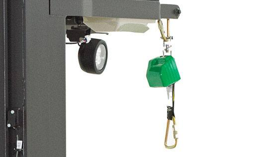 Raymond 5000 Series Order picker truck tether