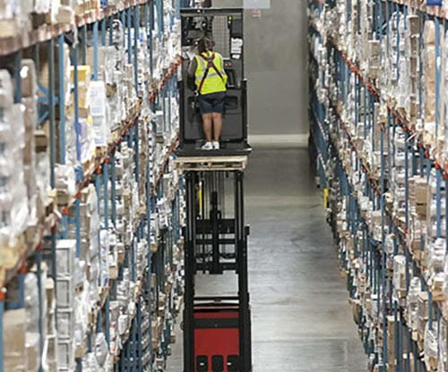 Raymond Orderpicker Truck in Very Narrow Aisle (VNA)