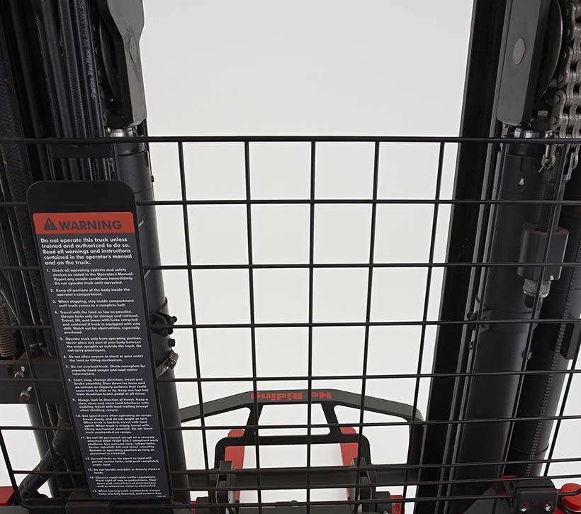 Raymond Dockstance Reach Truck open view mast