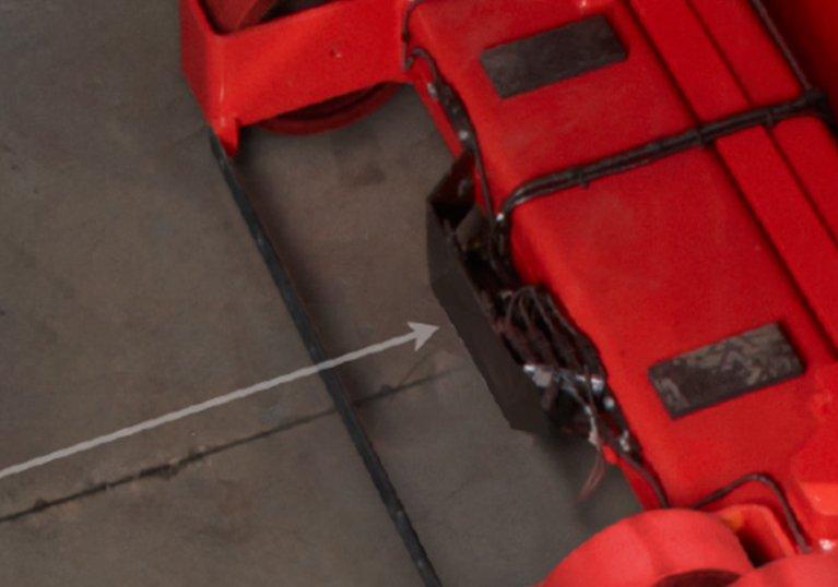 Raymond 9800 Swing Reach Truck Wire Guidance Feature